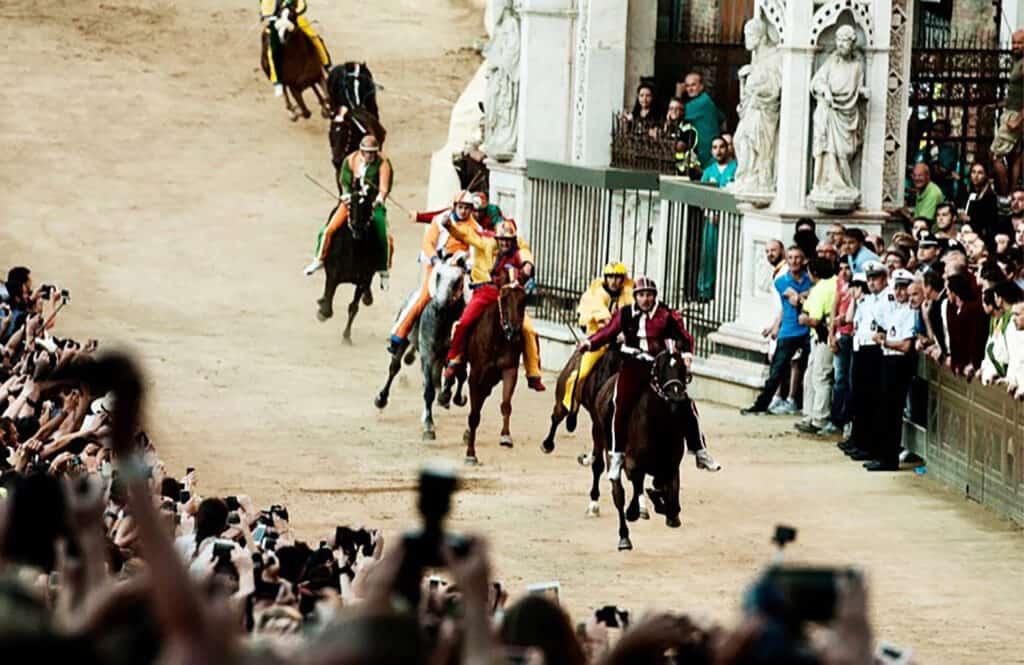 Palio di Siena tour