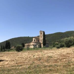 From Montalcino to Sant'Antimo Hiking & Wine Tour